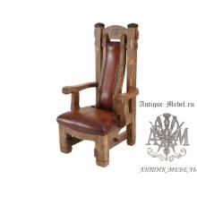 Деревянное кресло под старину из массива сосны Кардинал
