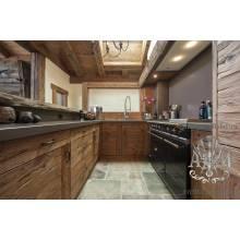 Деревянная кухня Камара из массива состаренной сосны