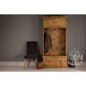 Шкаф для прихожей из массива дерева