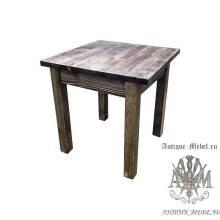 Обеденный состаренный стол 90x90 из массива сосны Вологда