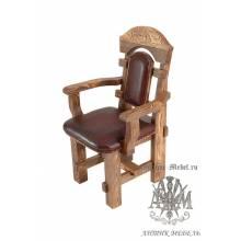 Деревянное кресло под старину из массива сосны Ришелье мягкое