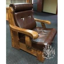 Кресло из массива дерева Арамис в гостиную